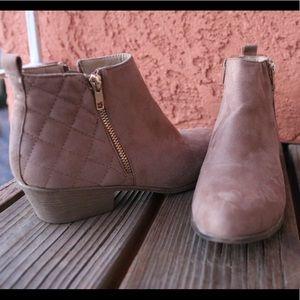 Shoes. Boots.